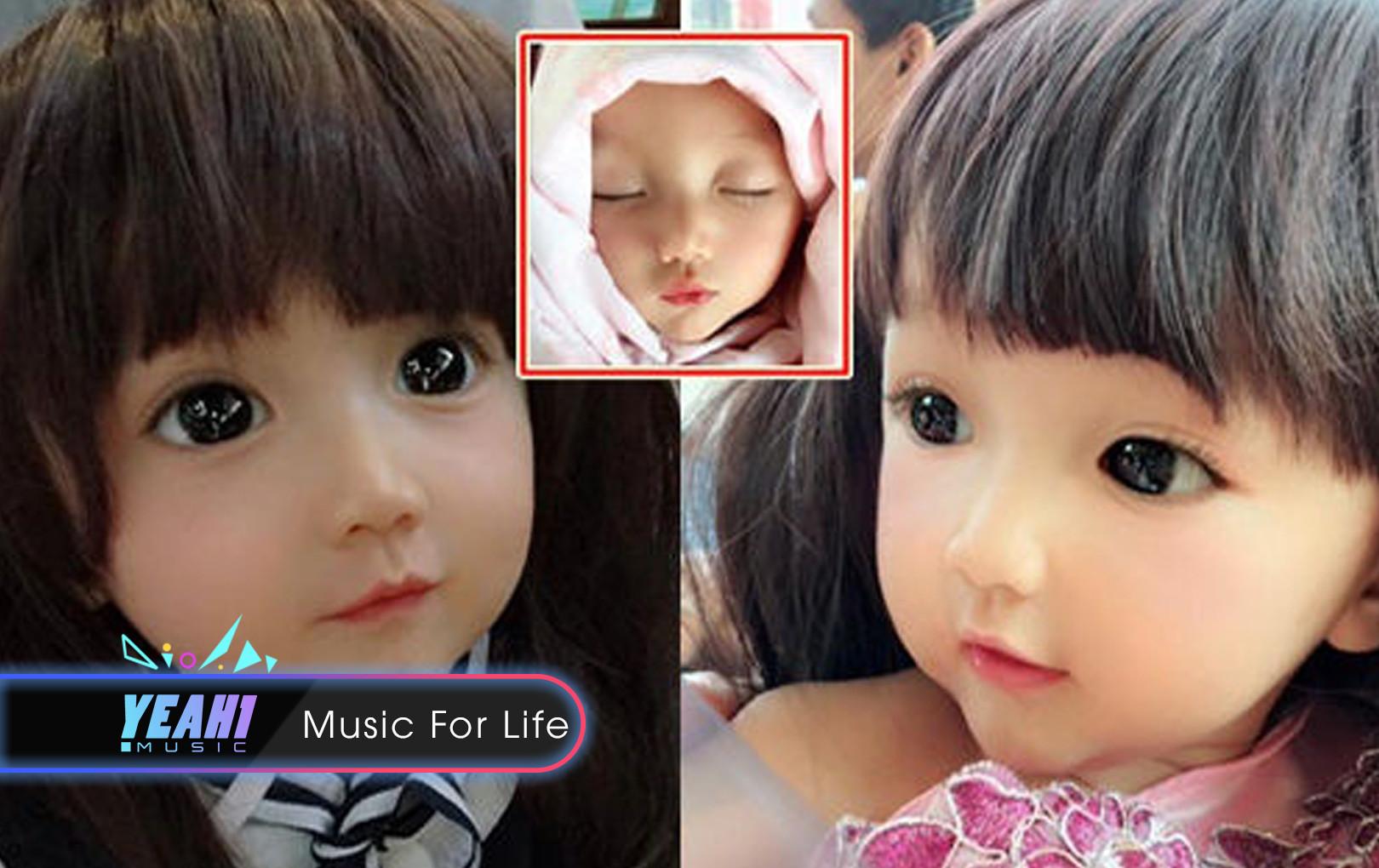 Bé gái sinh ra đã giống hệt búp bê Barbie, mẹ thế này bảo sao con lại đẹp đến mê mẩn vậy!