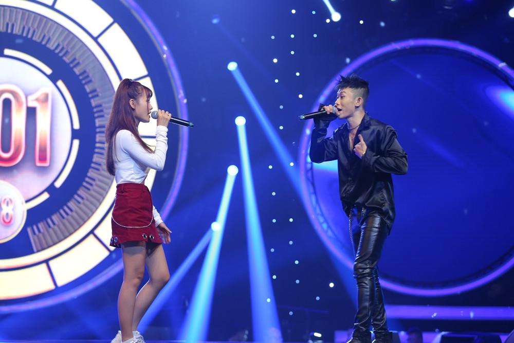 MV Phía sau em của Kay Trần và Binz bất ngờ hot trở lại sau 4 năm