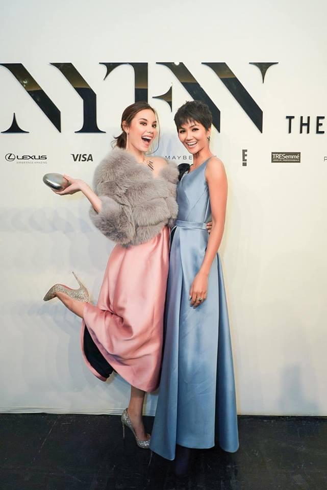 Mới đầu năm, HHen Niê đã chặt đẹp tân HHHV Thế Giới tại New York Fashion Week