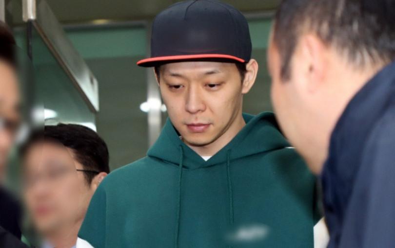 Nóng: Cảnh sát ra lệnh tạm giam Park Yoochun (JYJ) - Tuyên bố không cần đối chiếu lời khai của anh và Hwang Hana
