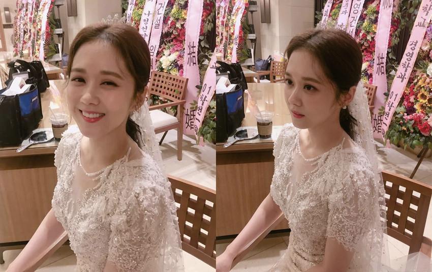 """Jang Nara xinh đẹp khi diện váy cưới, dân tình thổn thức trước nhan sắc """"hack tuổi"""" khó tin"""