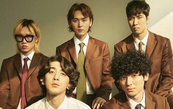 """Jannabi – những """"chàng khỉ"""" mới nổi càng quét các bảng xếp hạng âm nhạc Hàn Quốc nhờ chất nhạc retro"""