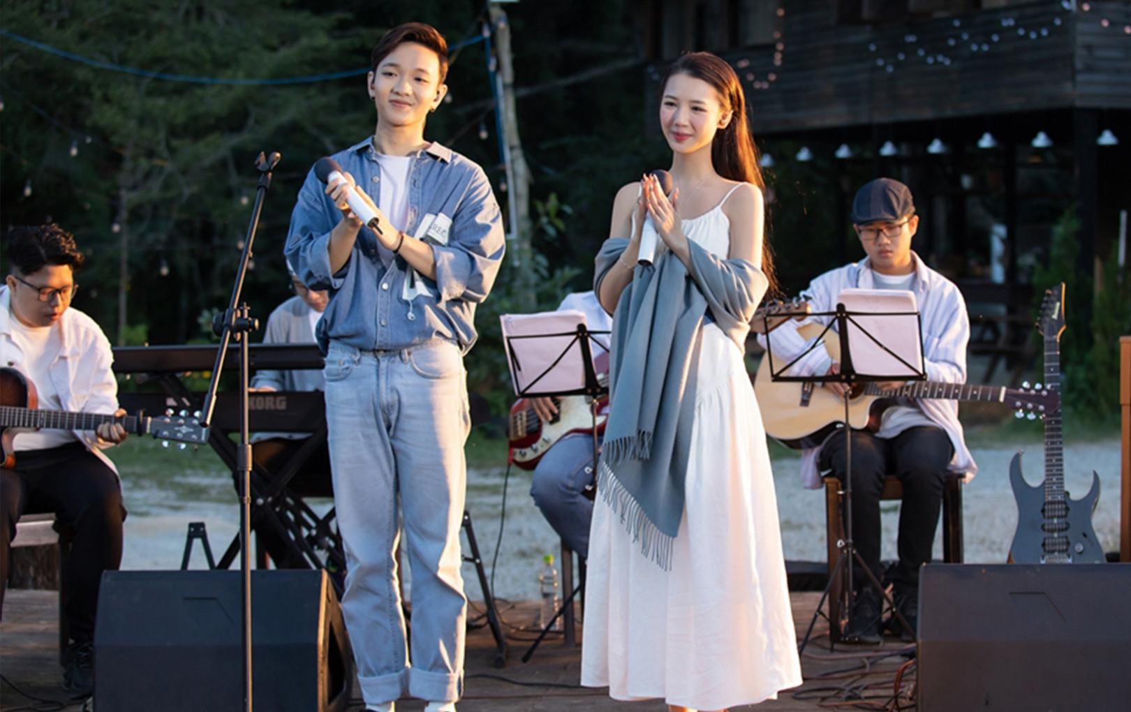 Vừa đạt giải tại MAMA 2020, AMEE cho ra mắt ngay bài hát mới kết hợp cùng Hoàng Dũng
