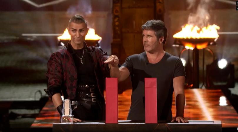 Giám khảo Got Talent Mỹ sợ xanh mặt khi thoát chết trong gang tấc