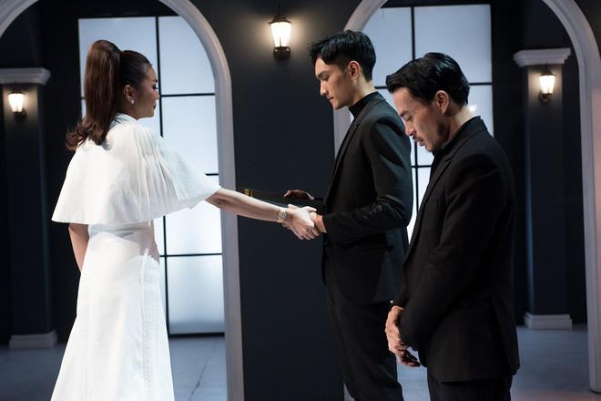 Bị loại thí sinh đầu tiên, Võ Hoàng Yến la hét, đập bàn: Việc này đã lật mặt được chị Thanh Hằng!