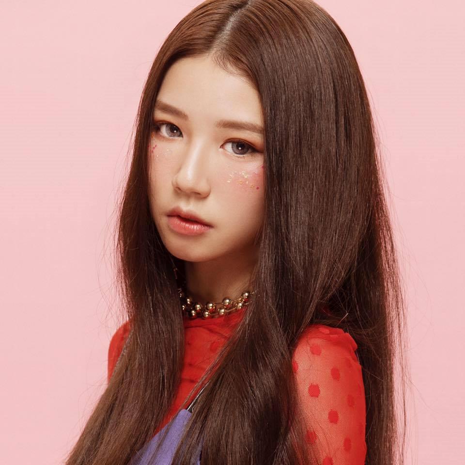 """Nữ chính HONGKONG1 trổ tài cover hit """"đình đám"""" của Hàn Quốc cực ngọt"""