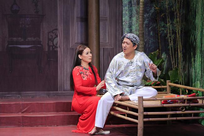 Bị chọc ghẹo mãi mà chưa có chồng, Phi Nhung tuyên bố: Ế cho thiên hạ thèm!