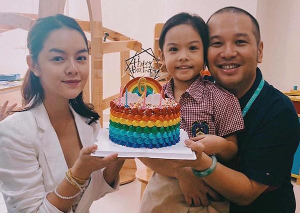 Dù không còn yêu nhưng vì hạnh phúc của con, những cặp sao Việt này vẫn gặp gỡ vui vẻ như chưa hề có cuộc chia ly