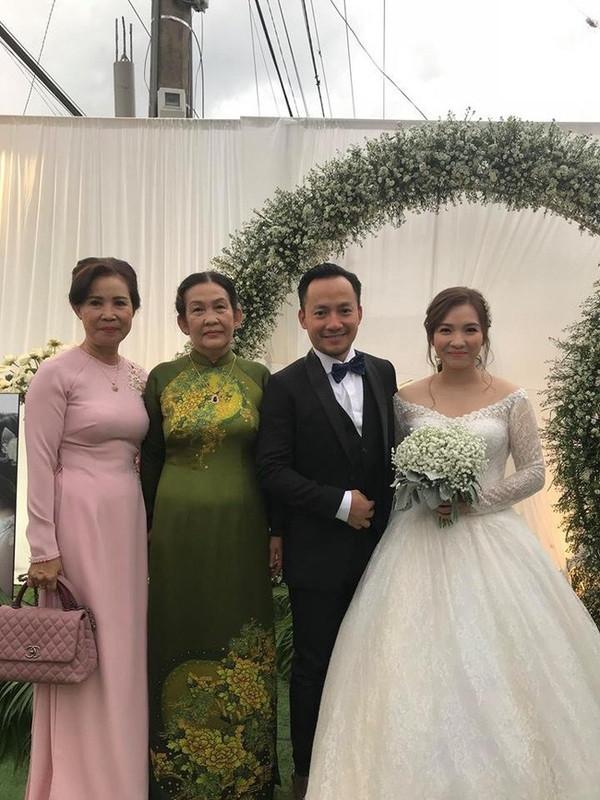 Tiến Đạt chính thức lấy vợ, Hari lên tiếng chúc phúc khiến ai cũng chú ý!