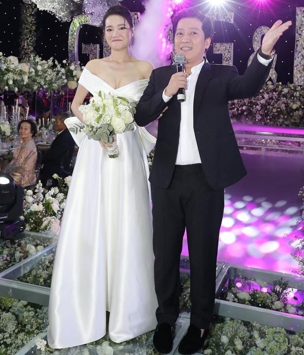 Nhã Phương, Hari mặc váy cưới sexy vẫn chưa bằng bà xã Tiến Đạt, trùm cuối Lâm Khánh Chi hú hồn