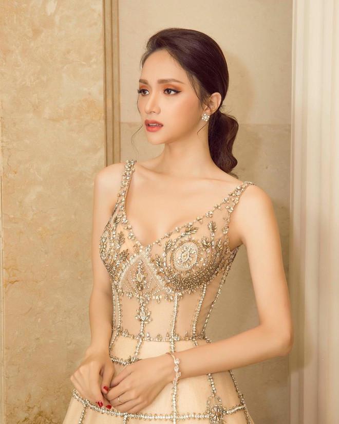 Dạo gần đây, Hương Giang đang trở thành Hoa hậu thích chơi lớn nhất trong số các Hoa hậu