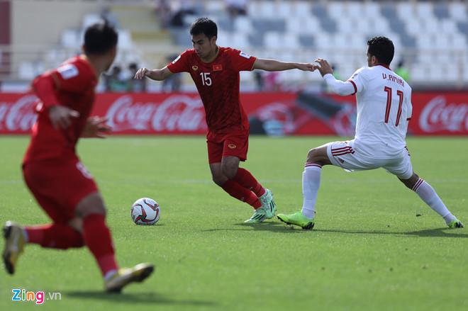 Sốc: Hoàng tử Đức Huy mất trí nhớ tạm thời ngay sau trận đấu với Iran