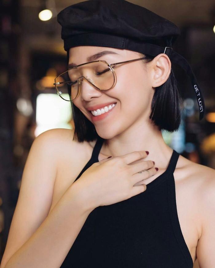Hai người đẹp showbiz Việt sở hữu gương mặt cân được mọi kiểu tóc, mọi màu tóc