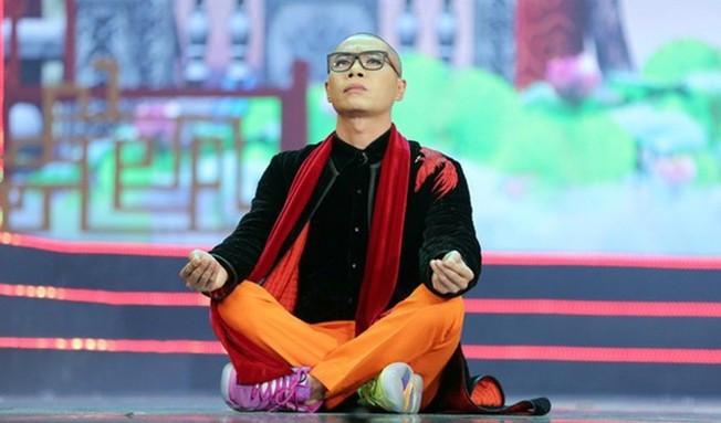 Táo Quân 2019: Áo Ngọc Hoàng, giày Bắc Đẩu hàng hiệu giá đắt gây sốt diện rộng