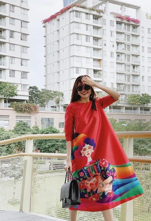 Mỹ nhân Việt ăn diện ngày đầu Xuân Kỷ Hợi: Ai xinh đẹp và thời trang nhất?