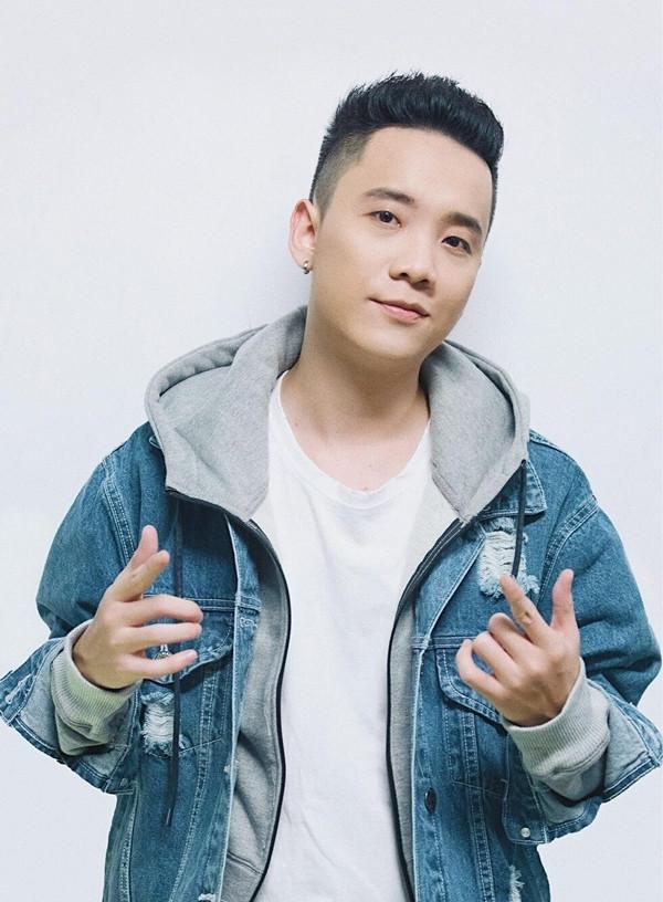 Rapper đời đầu ngày đầu năm Kỷ Hợi 2019: Người công khai vợ con hạnh phúc, người đón Tết một mình