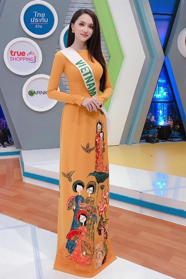 Mặc áo dài ra nước ngoài: Tiểu Vy, Nhã Phương cực xinh đẹp vẫn lép vế trước Hương Giang