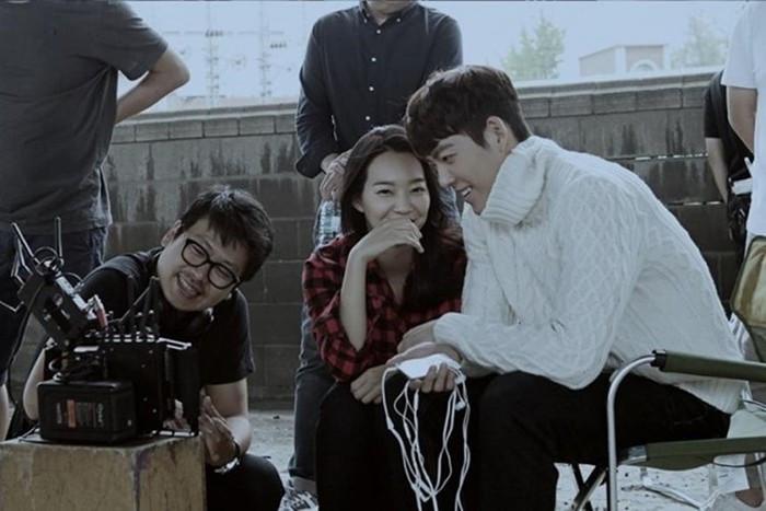 Shin Min Ah - Kim Woo Bin chứng minh ngôn tình là có thật ở ngoài đời bất chấp tuổi tác