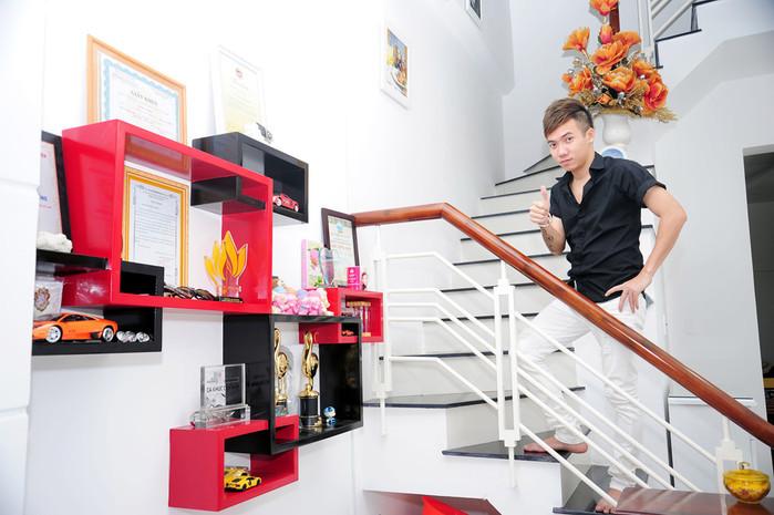 Không cần ồn ào trên truyền thông, loạt sao Việt chăm chỉ làm việc tậu nhà tiền tỷ