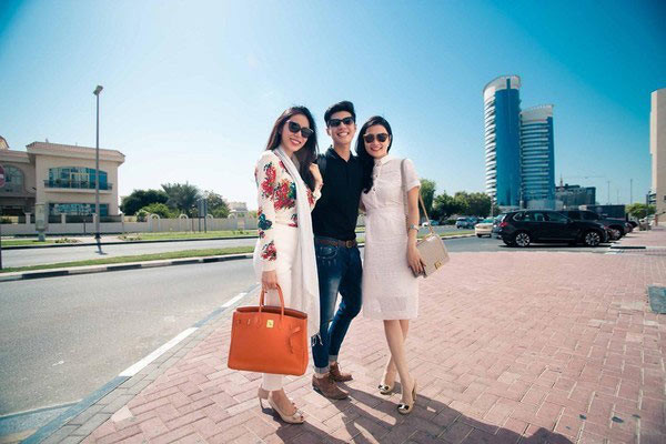 Sao Việt chiều vợ: Trấn Thành mua hàng hiệu, Trường Giang mua ô tô chưa bằng một góc Công Vinh