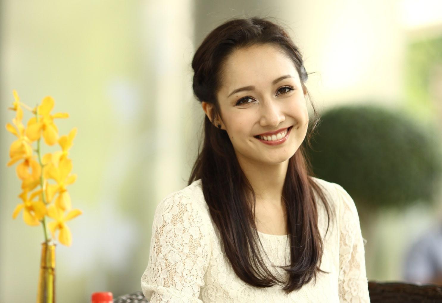 """Mỹ nhân Việt là con lai: Hà Hồ, Hari Won quá đẹp nhưng không """"lạ"""" bằng người thứ 3, thần thái xuất sắc"""