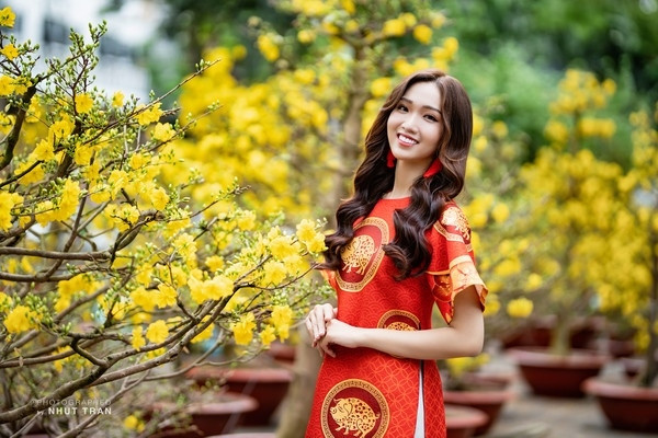 Người kế nhiệm tự tin: Không hề áp lực về cái bóng của Hương Giang