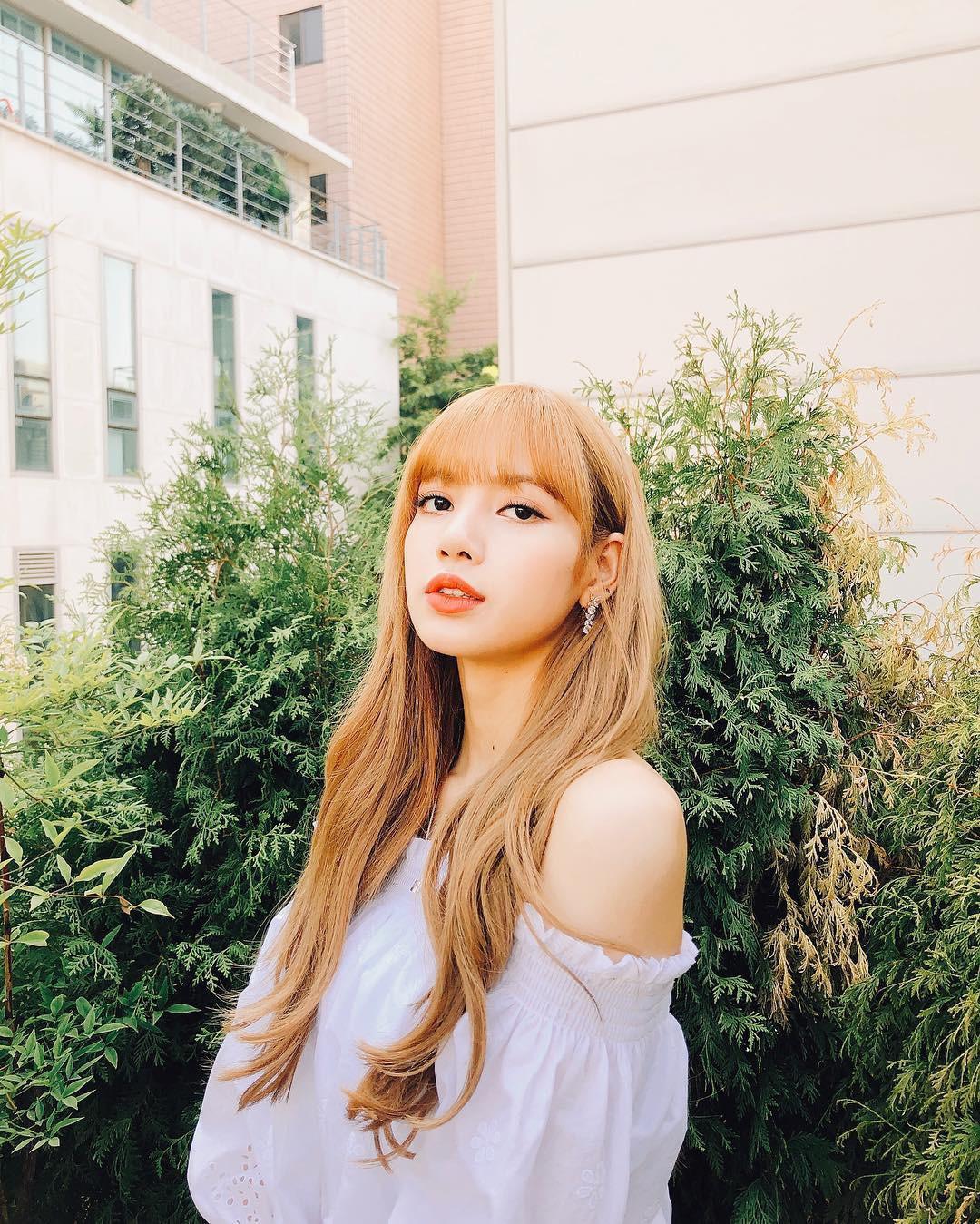 """Ngược đời thay: Cùng là idol Thái, Lisa (BLACKPINK) thì bị YG """"ghẻ lạnh"""" còn đây lại là những """"hoàng tử"""" ở JYP"""