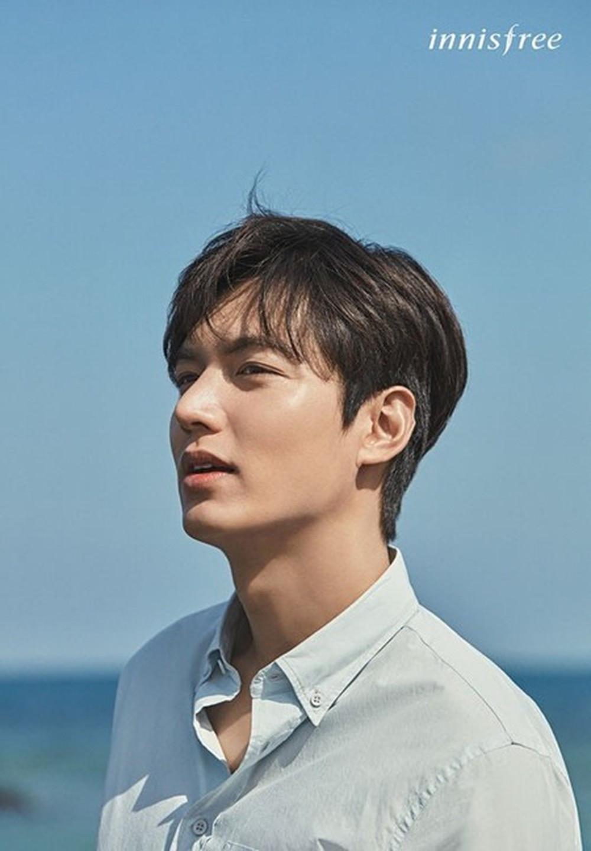 100 mỹ nam điển trai nhất châu Á: Song Joong Ki đứng ở vị trí nào cạnh BTS - Ngô Diệc Phàm?