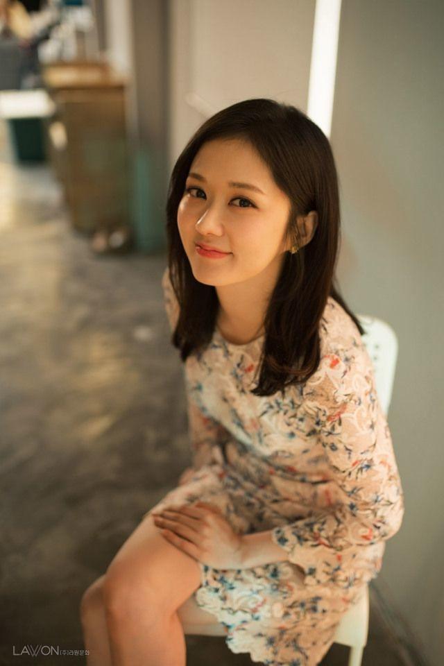 Nữ thần không tuổi  Jang Nara: u40 vẫn trẻ đẹp như em chưa 18 là có bí quyết đấy nhé