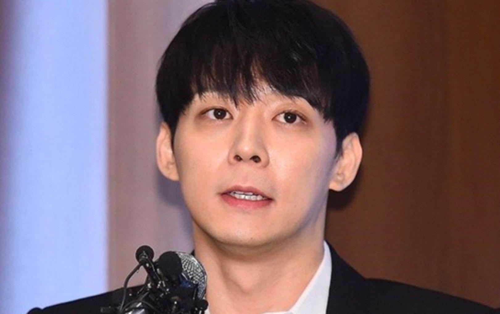 'Ám ảnh' kiện tụng từ vụ bê bối tình dục, Park Yoochun 'khóc ròng' trong buổi họp báo 'giải oan': Tôi không bao giờ dùng ma túy!
