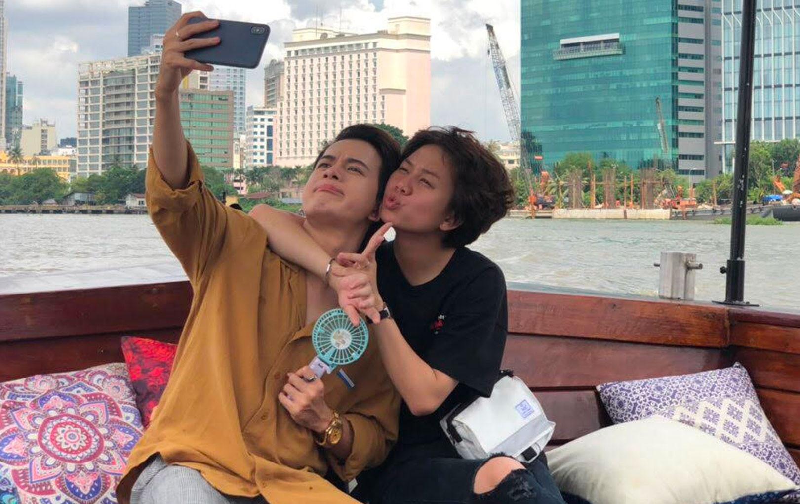 """Mặc kệ hot girl phá hoại mối tình """"cặp đôi chim ri"""", Bảo Hân dành cho Quang Anh nụ hôn đầu tiên đây này!"""