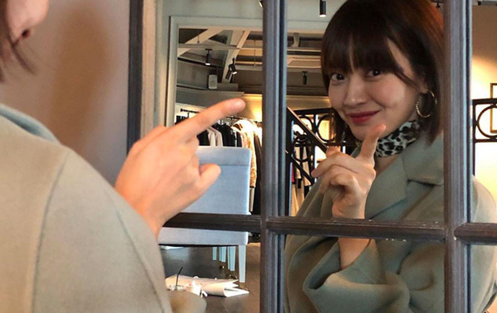 Không cần chỉnh sửa ảnh bạn gái Kim Woo Bin vẫn khiến fan mê mẩn vì nhan sắc và nét duyên hiếm có