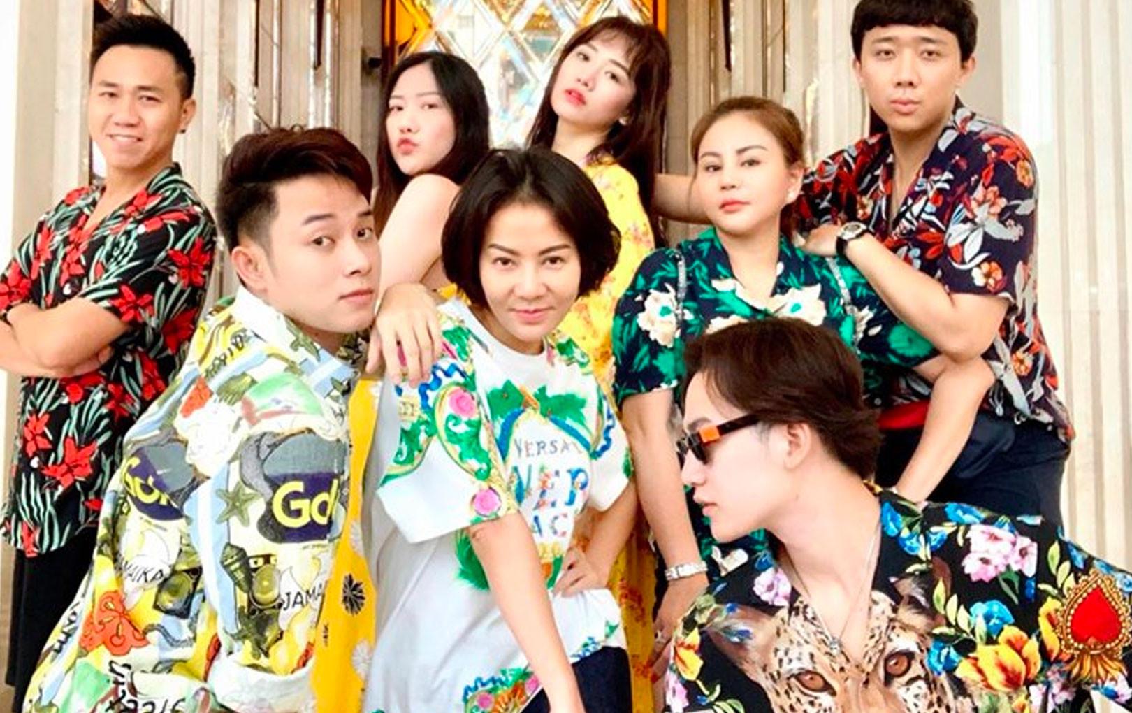 Trấn Thành và hội bạn thân du lịch Bangkok, đi tuk tuk đòi đua xe cái kết khiến ai cũng phải bật cười