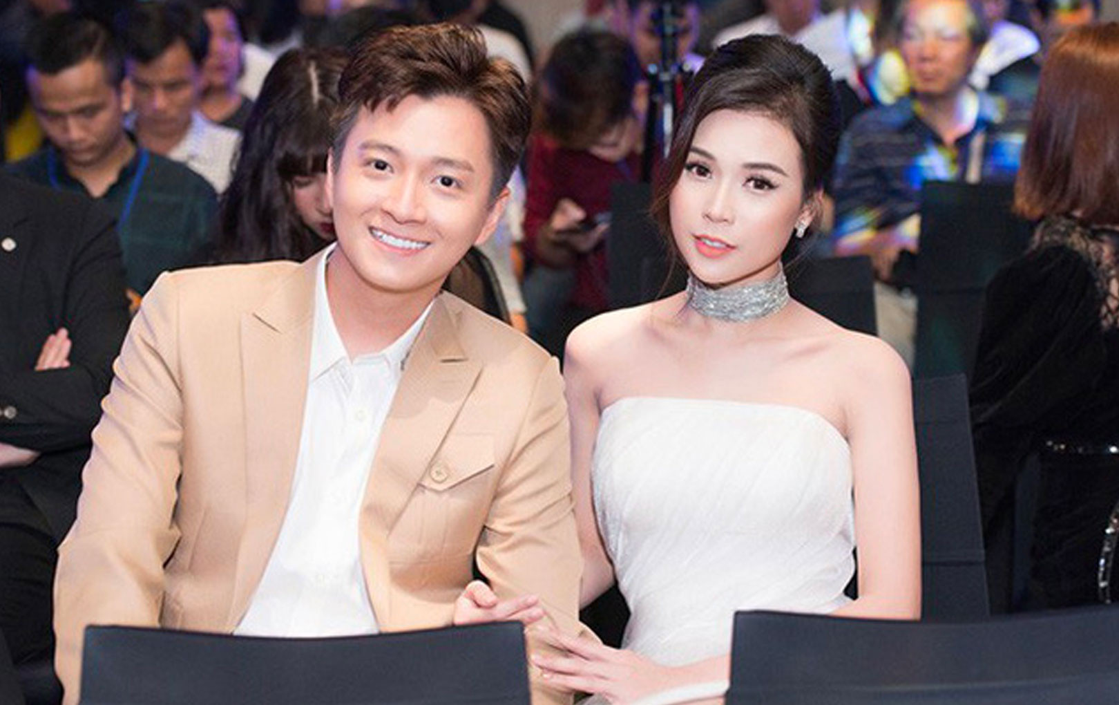 Chia tay Khổng Tú Quỳnh, Ngô Kiến Huy liên tiếp vướng tin đồn hẹn hò với hai mỹ nhân đình đám này