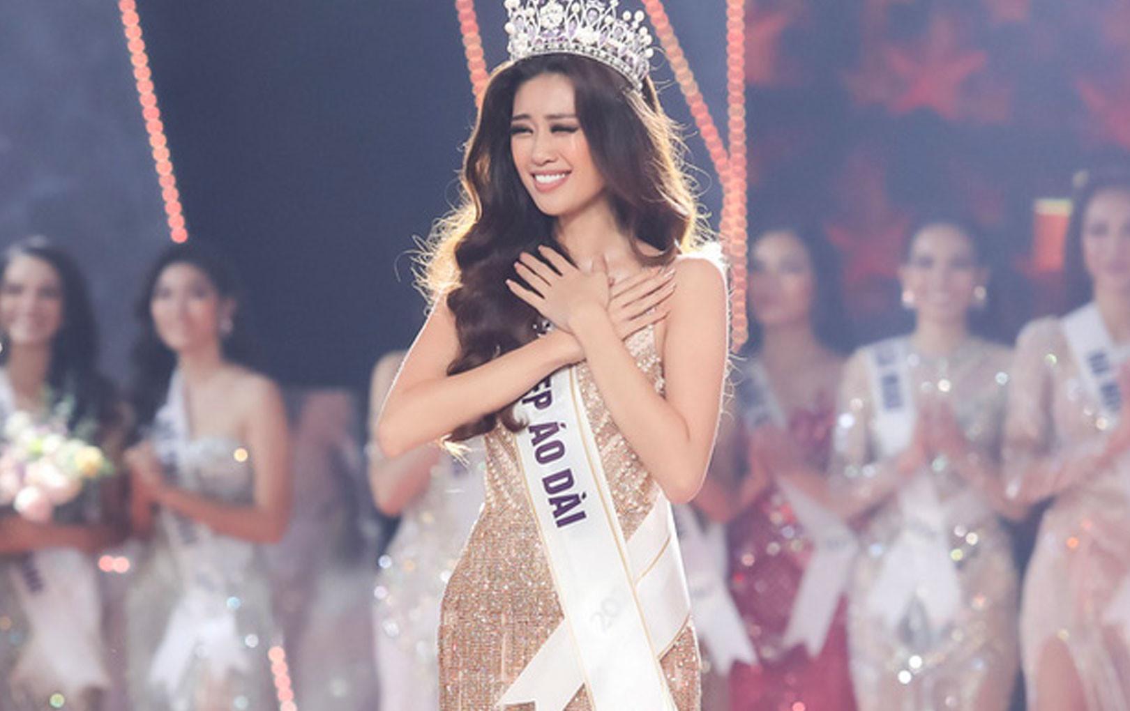 Tân Hoa hậu Hoàn vũ Khánh Vân vừa có những chia sẻ đầy cảm động sau khi đăng quang