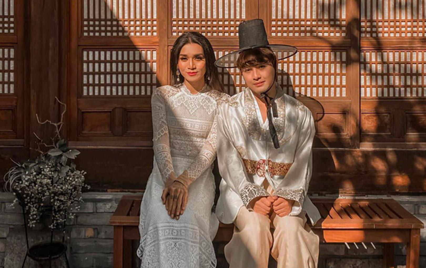 BB Trần diện áo dài nền nã, khoe khoảnh khắc cực tình tứ bên cạnh người yêu Quang Lâm
