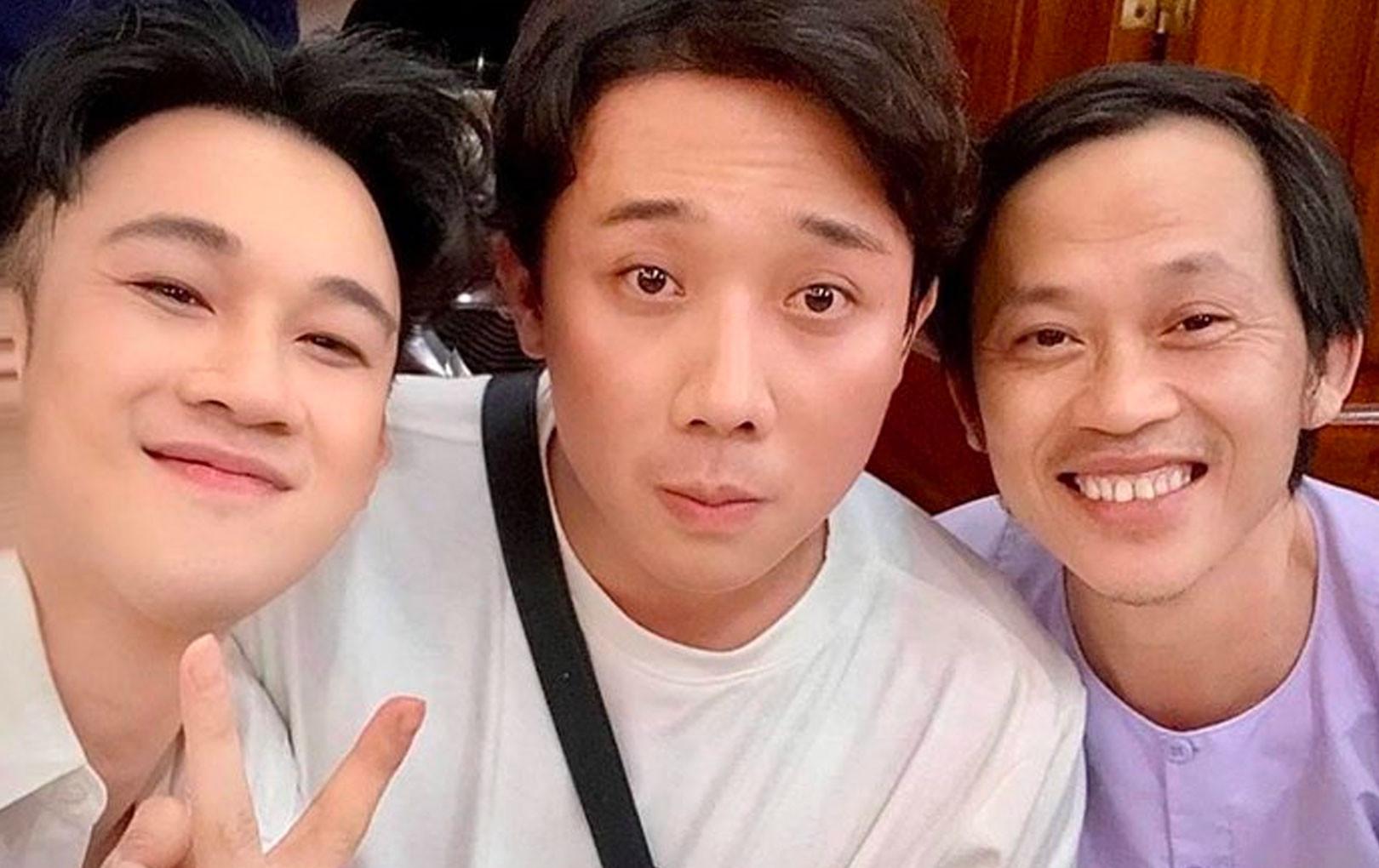 Trấn Thành, Dương Triệu Vũ và dàn nghệ sĩ thân thiết bên nhau chúc mừng sinh nhật Hoài Linh