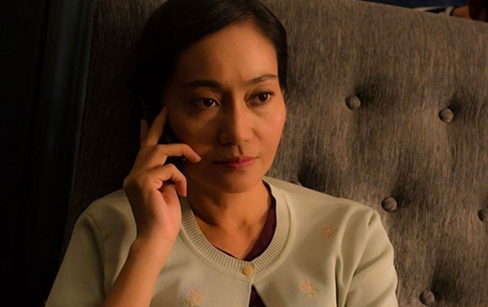 Diễn viên Hạnh Thúy bị trộm đột nhập vào phòng ngủ lúc 4 giờ sáng nhưng bất ngờ nhất là cách giải quyết giúp cả nhà thoát nạn của cô