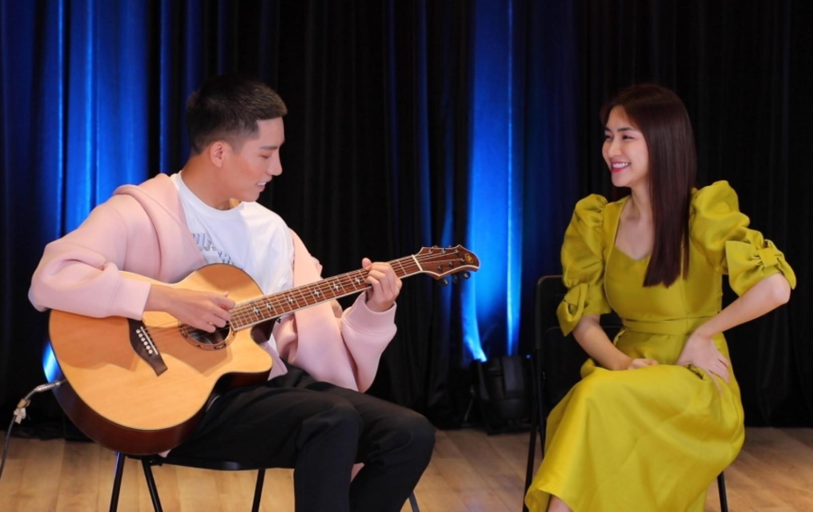 """Hòa Minzy, Anh Tú, Hứa Kim Tuyền rủ dàn sao V-Pop """"start up"""" hát… rong trong show Xuân Hạ Thu Đông, rồi lại Xuân"""