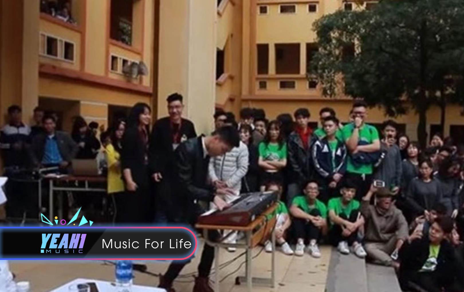 Thanh niên biến Organ thành bàn DJ chơi nguyên bài Lạc Trôi và Despacito khiến cả trường náo loạn