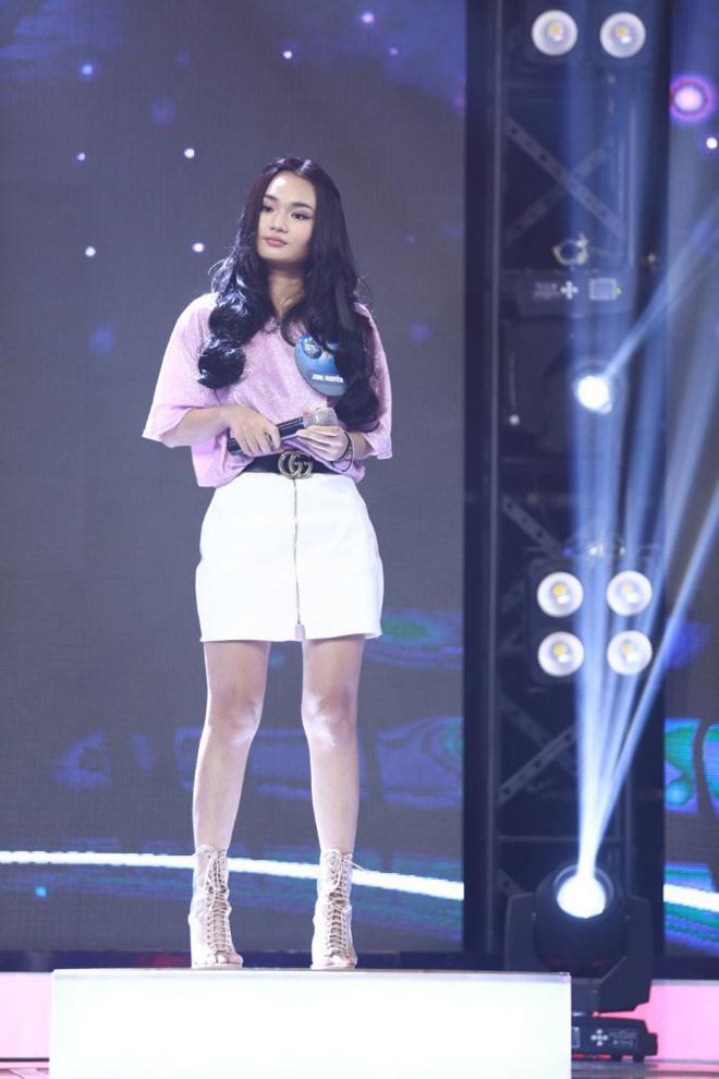 Xuất hiện cô gái giống hệt Miu Lê gây kinh ngạc giám khảo, không tìm thấy điểm khác biệt ngoài mái tóc dài