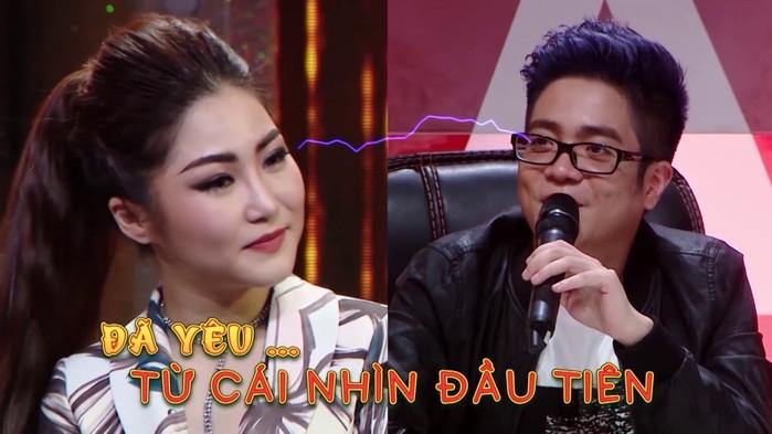 Phản ứng của sao Việt ra sao khi gặp lại tình cũ