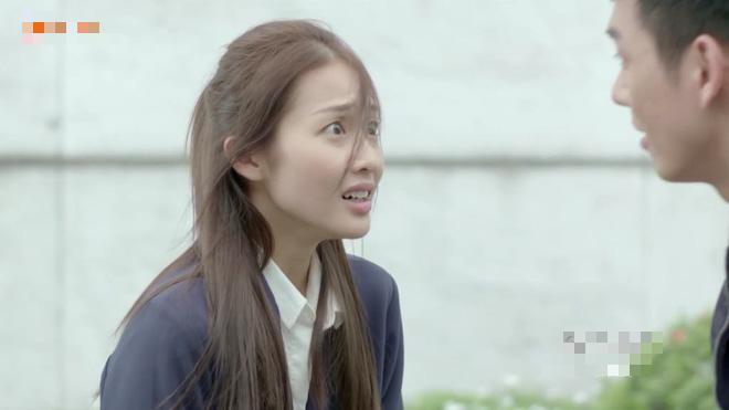 Hậu Duệ Mặt Trời bản Việt: Song Luân xé váy Khả Ngân ngay lần hẹn hò đầu tiên