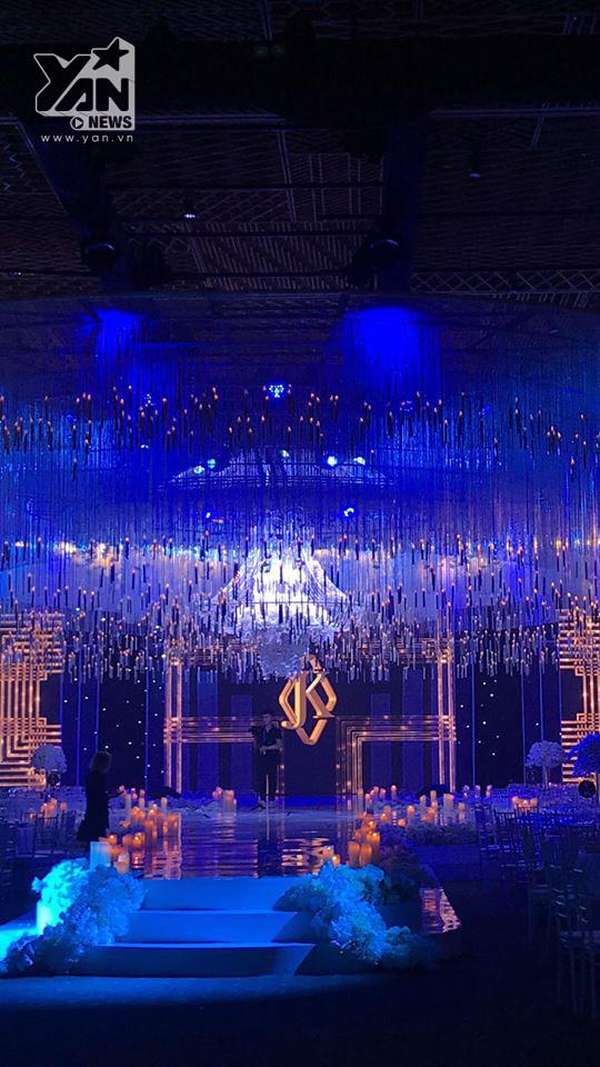 Cận cảnh không gian tiệc cưới lung linh như cổ tích của Lan Khuê - John Tuấn Nguyễn