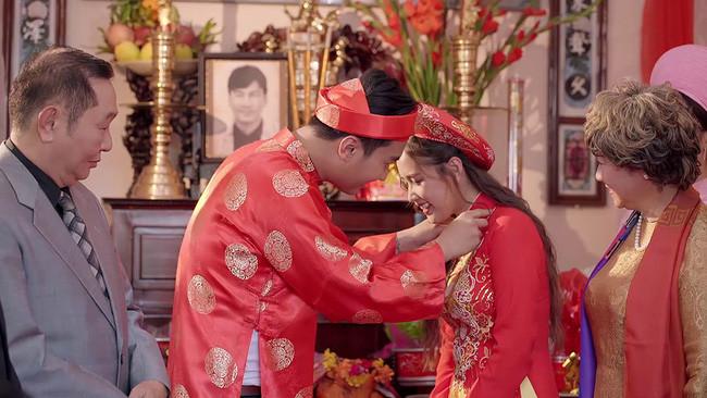 Đám cưới truyền thống cực đầu tư của Gạo nếp gạo tẻ gây sốt, khán giả khen Phim remake vậy mới đã chứ!