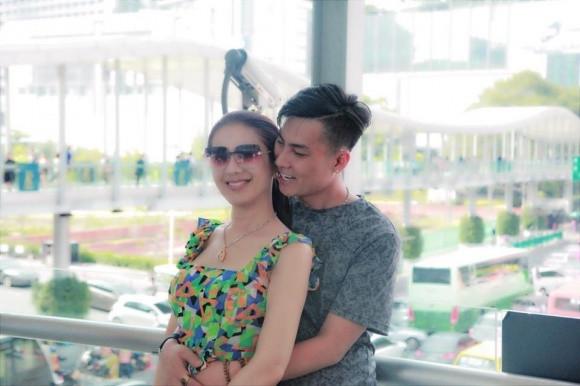 Lâm Khánh Chi tiết lộ về chuyện mang bầu: Là trứng của chị dâu và tinh trùng của tôi
