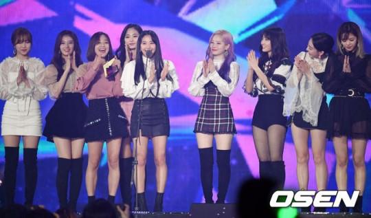 MGA 2018: BTS ôm cúp mỏi tay, Wanna One có Daesang đầu tiên trong sự nghiệp