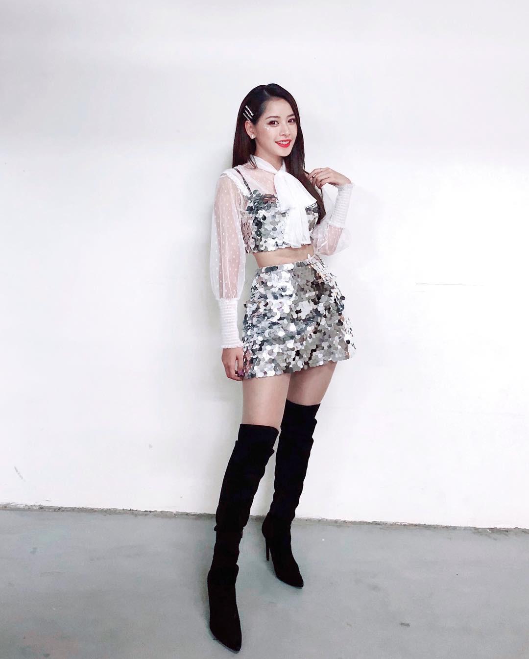 Chi Pu up ảnh khoe style mới nhưng dân tình lại đồng loạt gọi tên Jennie (Black Pink)
