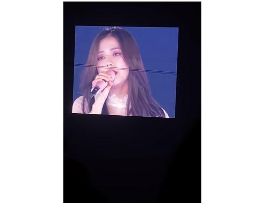 Cùng hát hit Hoa tuyết, Jisoo (BLACKPINK) hay Hari Won ai mới là người hát hay hơn?