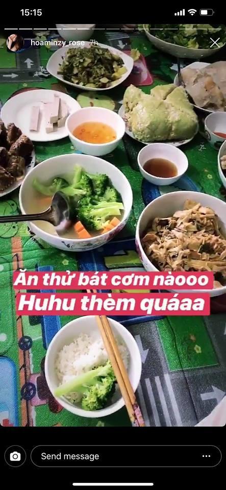 Rũ bỏ hào quang, sao Việt giản dị quây quần bên người thân đón Giao thừa